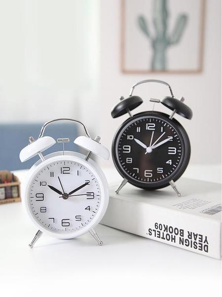 機械超大聲可愛小鬧鐘創意簡約學生用靜音時鐘床頭起床神器兒童男