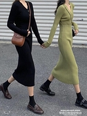 毛衣洋裝 裙子女秋冬性感V領緊身氣質黑色針織連身裙中長款修身打底裙 新品