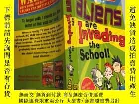 二手書博民逛書店warning罕見aliens are invading the school 警告外星人正在入侵學校Y20