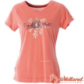 Wildland 荒野 0A51605-78粉橘 女 V領印花棉感抗UV上衣 抗紫外線/涼爽散熱/吸濕快乾/登山旅遊