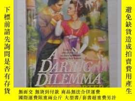 二手書博民逛書店英語原版罕見A Daring Dilemma by Nina P