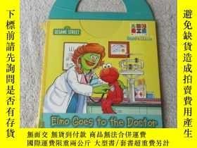 二手書博民逛書店Elmo罕見Goes to the Doctor( )Y2147