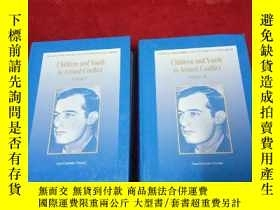 二手書博民逛書店Children罕見and Youth in Armed Con