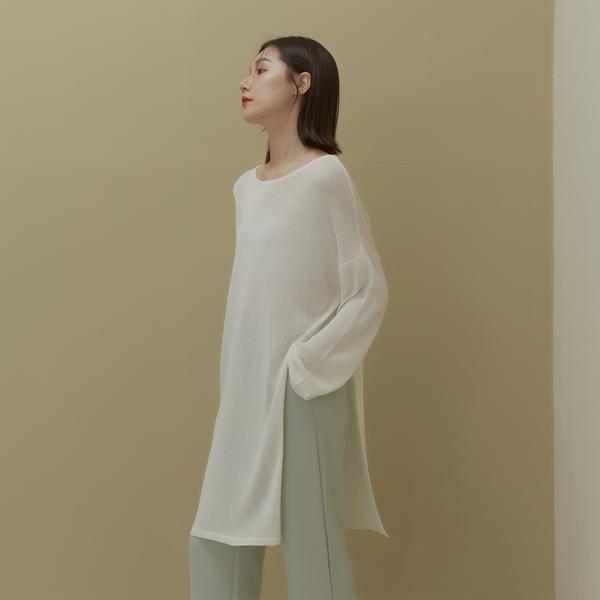 Queen Shop【01012723】側開衩設計微透感針織上衣 兩色售*現+預*