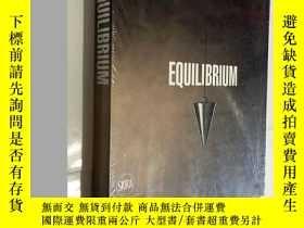 二手書博民逛書店Equilibrium罕見MUSEO SALVATORE FERRAGAMO 英文原版 平裝 未拆封Y2320