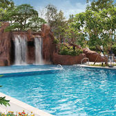礁溪寒沐酒店自助式午餐+大眾湯+戶外泳池+健身房(假日不加價)