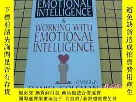 二手書博民逛書店EMOTIONAL罕見INTELLIGENCE & WORKIN