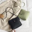 斜背包包包女2021新款手機包小包包簡約...