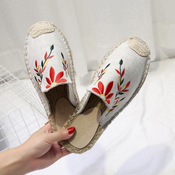 草編拖鞋女夏季時尚外穿防滑平底穆勒鞋刺繡懶人鞋半拖包頭漁夫鞋  卡布奇諾