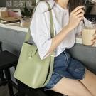 水桶包水桶包女新款韓版簡約百搭大容量單肩包斜跨包包休閒子母包潮 快速出貨