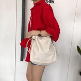 水桶包  2018超火包斜跨抽繩水桶包仙女包包單肩包女大包軟皮  蒂小屋服飾