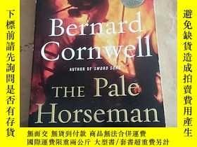 二手書博民逛書店The罕見pale horsemanY124883 Bernar