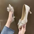 貓跟蝴蝶結高跟鞋女細跟尖頭單鞋綢面工作鞋女2021新款春秋季韓版 快速出貨