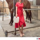 《DA6637-》臧芮軒。附腰帶純色V領荷葉裙襬修身短袖洋裝 OB嚴選