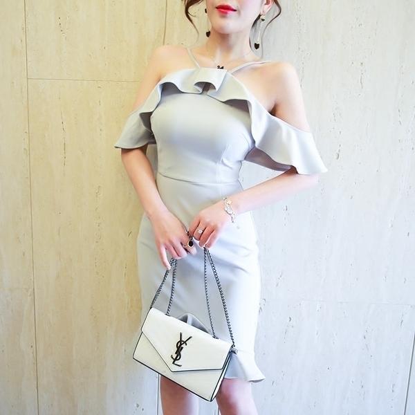 [超豐國際]氣質女性感露肩掛脖吊帶一字肩高腰修身顯瘦包臀連衣1入