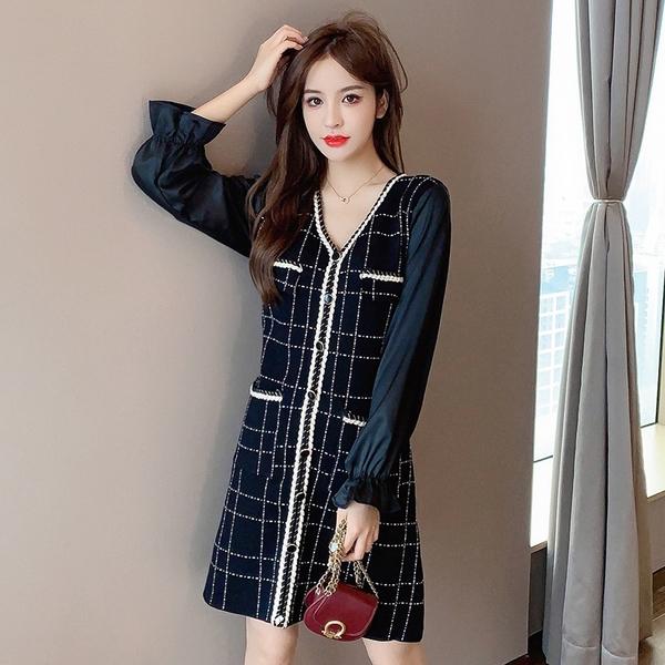 出清388 韓國風收腰顯瘦喇叭袖格紋小香風針織長袖洋裝