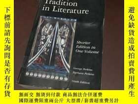 二手書博民逛書店The罕見American Tradition in Liter