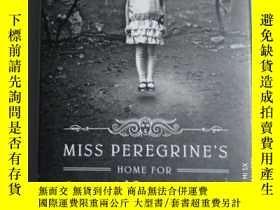 二手書博民逛書店Miss罕見Peregrines Home for Peculi