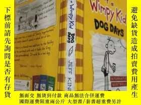 二手書博民逛書店diary罕見of a wimpy kid dog days 一個懦弱的孩子的日記., .Y200392