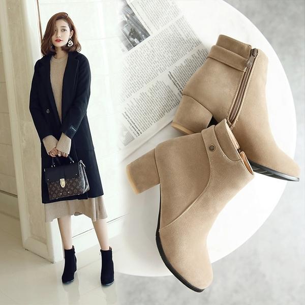 大尺碼女鞋34-46  韓版時尚絨皮中跟短靴~3色