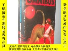 二手書博民逛書店The罕見Penguin Science Fiction Omn