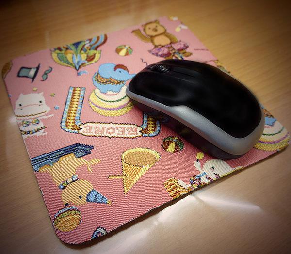 滑鼠墊-開心迷你馬戲團織畫緹花滑鼠墊 粉紅-REORE