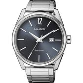 【送米奇電扇】CITIZEN 星辰 光動能極簡大三針手錶-灰x銀/42mm BM7411-83H