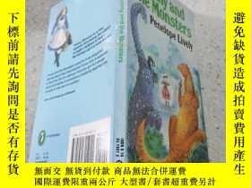 二手書博民逛書店Fanny罕見and the monstersFanny和怪物Y200392