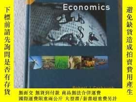 二手書博民逛書店International罕見Economics, 9th ed