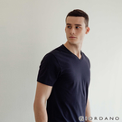 【GIORDANO】男裝修身V領素色T恤...