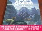 二手書博民逛書店The罕見Black Stallion 黑色的種馬(英文原版)Y20470 by Walter Farley