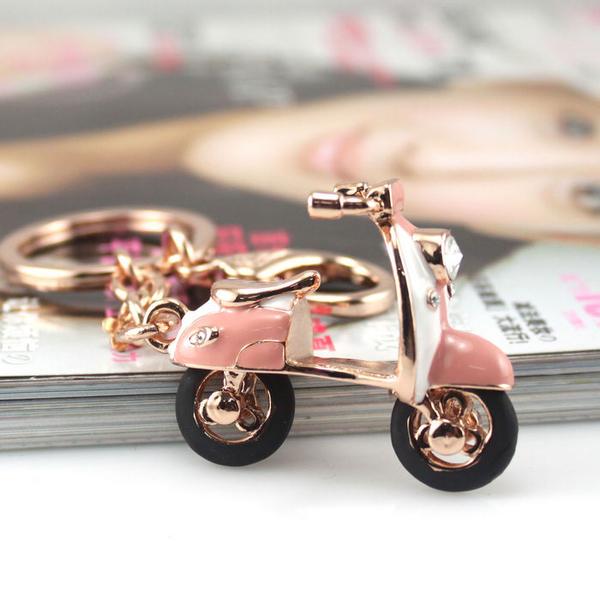 水鉆女士電瓶車摩托車汽車鑰匙扣包包掛件包扣創意飾品生日禮物女