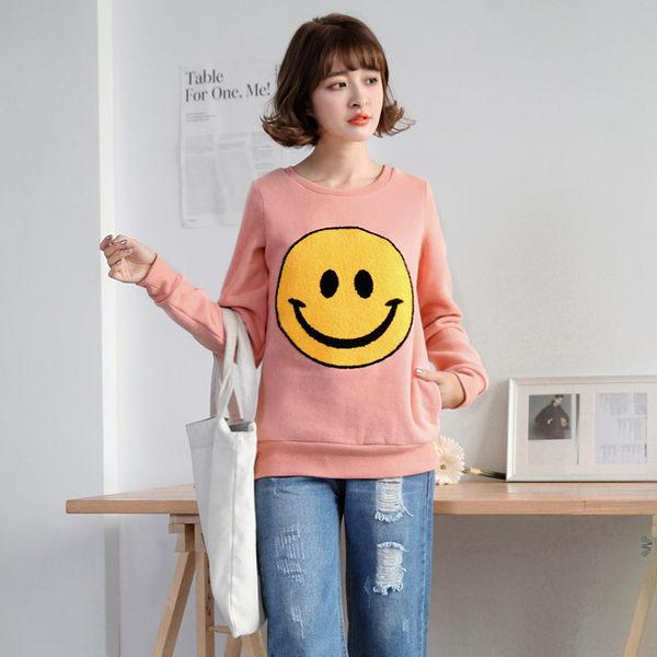OB嚴選《AB1506-》素色笑臉印花羅紋滾邊內磨毛上衣.2色--適 S~L