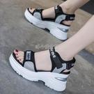 2021新款夏季網紅坡跟運動涼鞋女超火厚底鬆糕鞋百搭增高時尚潮鞋 快速出貨 快速出貨