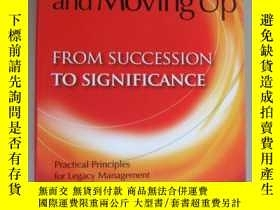 二手書博民逛書店Moving罕見on and Moving upY146810