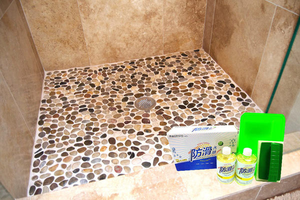 地板止滑劑《防滑大師》抿石(天然小石頭)地面專用防滑劑組(地板止滑,止滑劑)