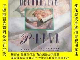 二手書博民逛書店Decorative罕見PaperY19139 Diane V.