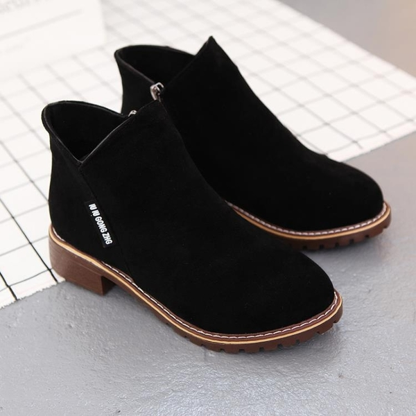 馬丁靴 學生馬丁靴女正韓休閒靴2019新款百搭平底短靴女靴女鞋【星時代女王】