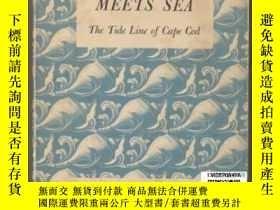 二手書博民逛書店【罕見】Where Land Meets Sea: The Ti