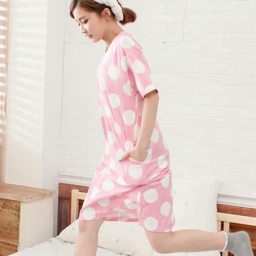 睡衣圓點圓領無肩線口袋棉質短袖連身睡衣 -粉-波曼妮亞