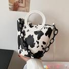 水桶包北包包奶牛紋包包大容量女夏2021新款潮時尚手提水桶包質感斜背包 愛丫