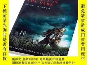 二手書博民逛書店在黑暗中講述的恐怖故事(電影封面版)英文原版罕見Scary St