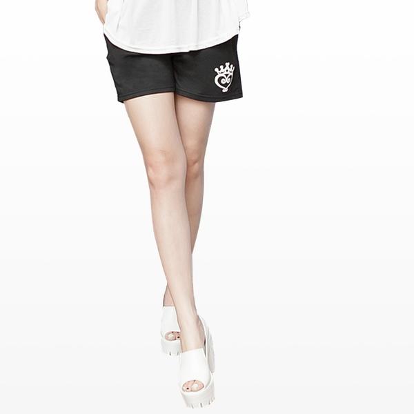 質感棉麻短褲--皇冠愛心印圖鬆緊抽繩褲頭棉質短褲(黑.紅.藍M-2L)-R150眼圈熊中大尺碼