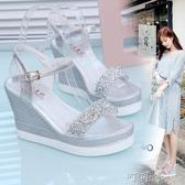坡跟涼鞋女鬆糕厚底女鞋一字扣防水台鞋中跟高跟水鑽涼鞋 交換禮物