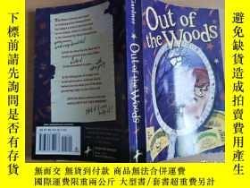 二手書博民逛書店Out罕見of the Woods【實物拍圖 自鑑】Y8791
