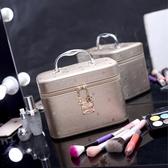 女化妝包韓版專業大容量化妝箱手提防水化妝品收納包小號便攜可愛 居享優品