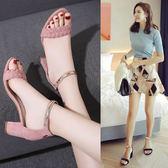 韓版新款夏季高跟鞋涼鞋女夏粗跟中跟一字扣小碼百搭高跟涼鞋    韓小姐