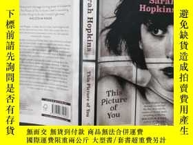 二手書博民逛書店Sarah罕見Hopkins This Picture of Y