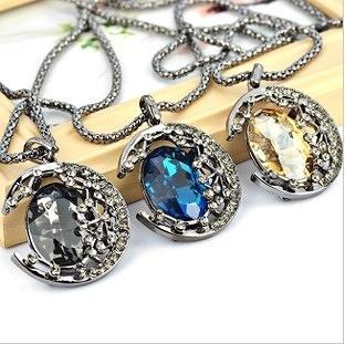 ►月亮水晶項鍊 滿鑽寶石毛衣鏈 韓版長款項飾【B4028】