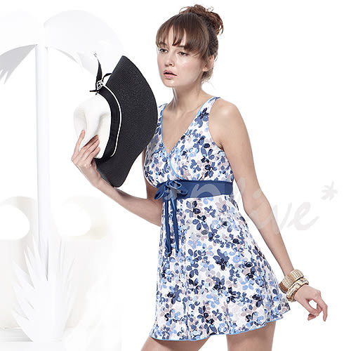 ☆小薇的店☆MIT聖手品牌繽紛花朵圖騰時尚連身裙泳裝特價1380元 NO.A98640(L-2L)